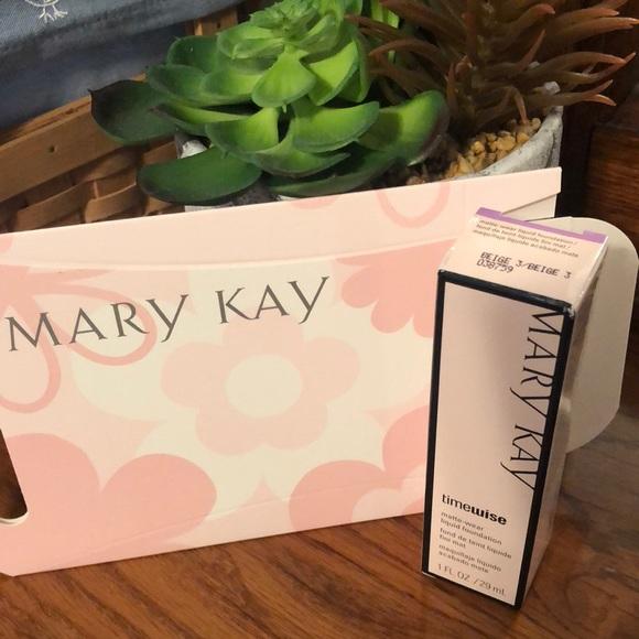 MaryKay Timewise Matte Wear Foundation